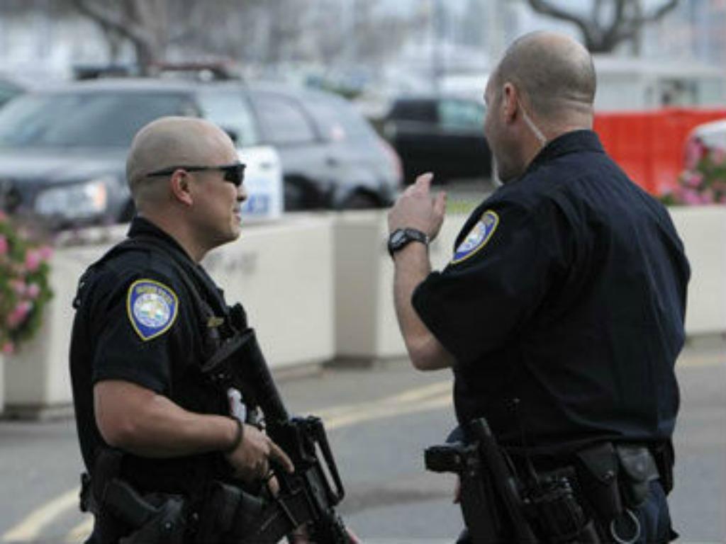USA: madre tenta di uccidere il figlio. Il bambino avverte subito la polizia.
