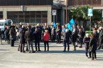 """""""Carenza di organico"""", protesta dei dipendenti al Comune di Lamezia - Foto"""