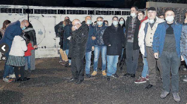 protesta crotone, rifiuti crotone, Catanzaro, Calabria, Cronaca