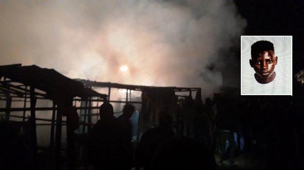 incendio baraccopoli san ferdinando, Jaiteh Suruwa, Mario Oliverio, Reggio, Calabria, Cronaca