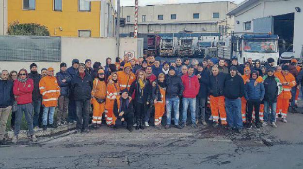 lavoratori Avr, rifiuti reggio, Reggio, Calabria, Economia