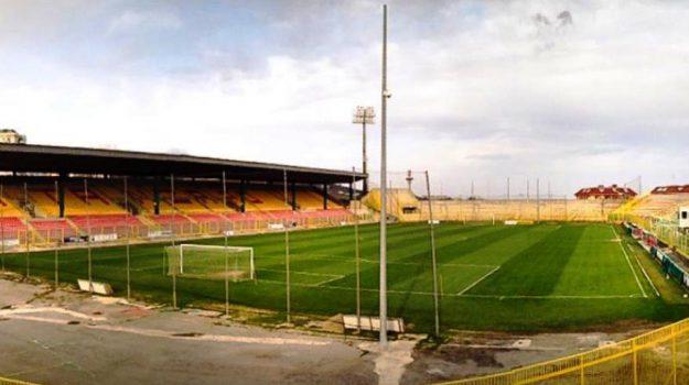 Catanzaro Catania, serie c, Catanzaro, Calabria, Sport