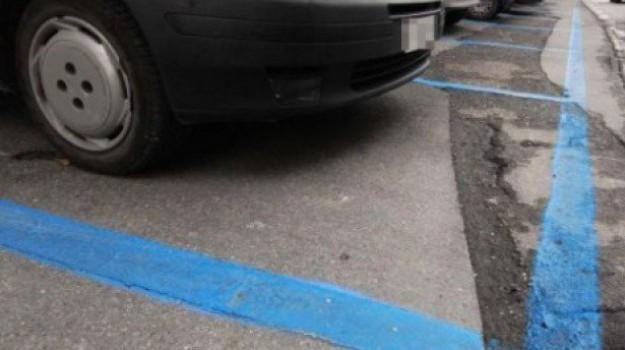 auto ecologiche, cosenza, parcheggi gratis, Cosenza, Calabria, Economia
