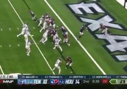 Uno sprint quasi da Olimpiade ha permesso a Lamar Miller di segnare un touchdown storico per gli Houston Texans