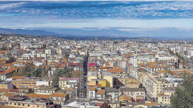 cosenza, economia, industria, occupazione, terziario, Cosenza, Calabria, Economia