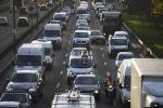 Calano le vendite di auto in Gb, pesano le regole eco e la Brexit