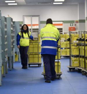Poste Italiane, a dicembre boom dell'e-commerce in Calabria