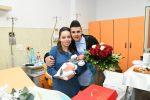Crotone dà il benvenuto a Vincenzo, primo nato del 2019