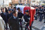 Agente morto nell'incidente sulla Catania-Messina, le foto dei funerali a Santa Teresa di Riva