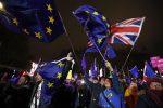 Brexit, il Parlamento britannico boccia l'accordo del premier May con l'Ue