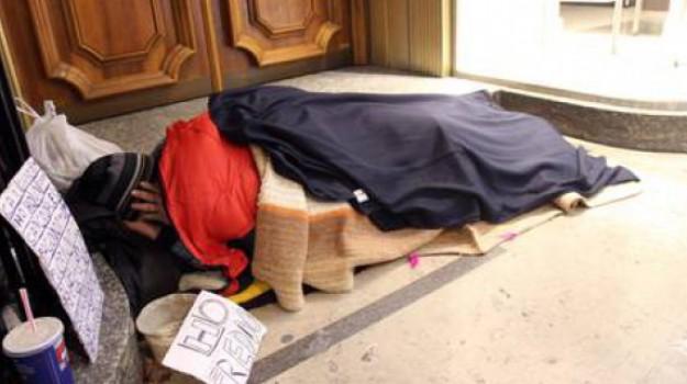 piano freddo, reggio, senza tetto, alessandro cartisano, Reggio, Calabria, Cronaca