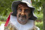 Carnevale a Borghetto, attore di Catanzaro porta in Liguria la maschera di Giangurgolo