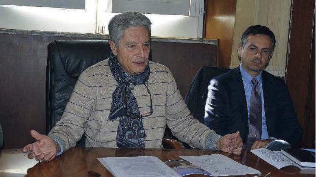 comune vibo, giunta comunale vibo, sfiducia sindaco vibo, Elio Costa, Catanzaro, Calabria, Politica