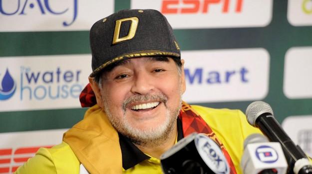 maradona operato, Diego Maradona, Sicilia, Sport