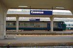 Cosenza, la stazione di Vaglio Lise da anni è ormai terra di nessuno