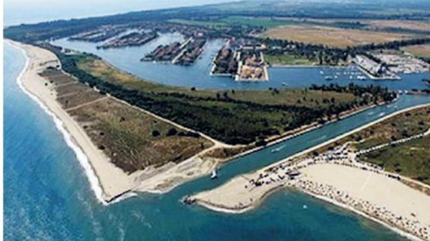 canale stombi, chiusura, comune di sibari, Cosenza, Calabria, Economia