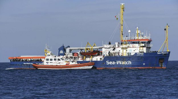 migranti sea watch a messina, sbarco sea wtach catania, sea watch 3, Messina, Sicilia, Cronaca