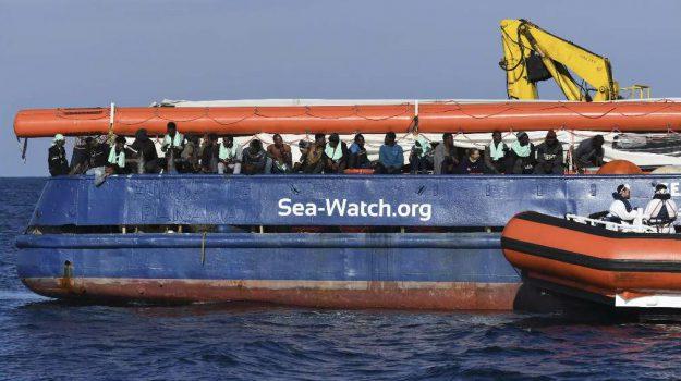migranti, sea watch, Danilo Toninelli, Fausto Raciti, Matteo Orfini, Matteo Salvini, Sicilia, Cronaca