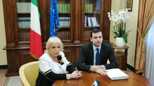 cassano allo ionio, Carlo Sibilia, Paola Galeone, Cosenza, Calabria, Politica