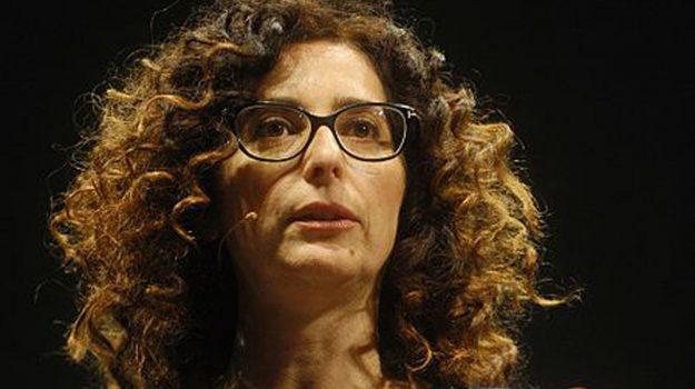 sento la terra girare spettacolo mannino, Teresa Mannino, Catanzaro, Calabria, Cultura