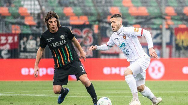 L'attaccante Tutino ha realizzato due gol in amichevole