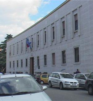 Gli uffici dell'Asp di Cosenza