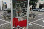 """Messina, la """"bibliocabina"""" di piazza Lo Sardo distrutta dai vandali"""