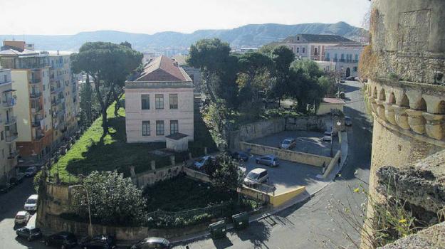 biblioteca crotone, Catanzaro, Calabria, Cronaca