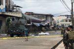 Due bombe davanti a una cattedrale nelle Filippine: decine di morti