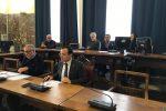 """Cartelle """"pazze"""" a Messina, il sindaco in aula: ci scusiamo per i disagi"""
