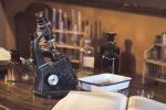 Strumenti antichi di laboratorio