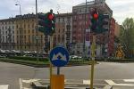 Multa per semaforo rosso valida anche con giallo 'lampo'