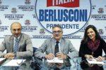 Emergenza rifiuti e buche a Reggio: Forza Italia chiede le dimissioni del sindaco