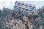 Il costone da cui si è staccata la roccia a Castelmola