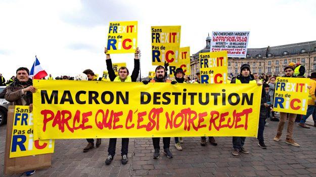 manifestazione francia, protesta gilet gialli, Sicilia, Mondo