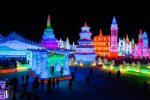 Le incredibili foto delle sculture di ghiaccio realizzate in Cina