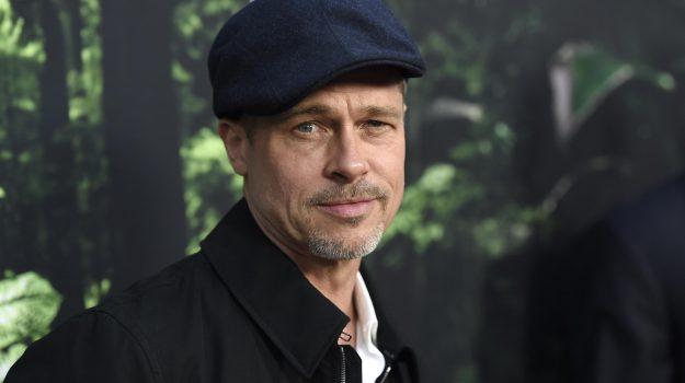 Brad Pitt, Sicilia, Società