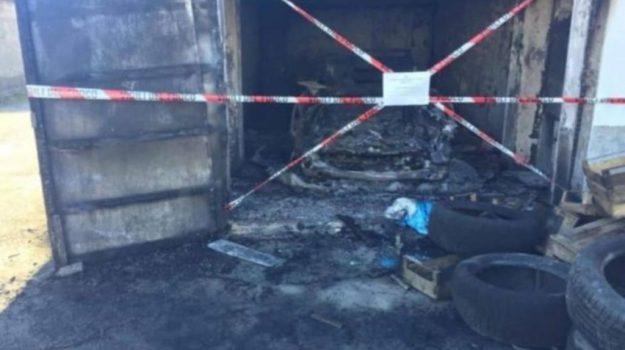 incendio acri, intimidazioni acri, Cosenza, Calabria, Cronaca