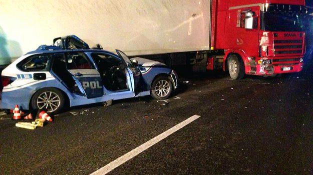 incidente catania messina, offese poliziotto morto, poliziotto morto incidente, Sicilia, Cronaca
