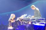 Las Vegas, sorpresa durante il concerto di Lady Gaga: sul palco anche Bradley Cooper