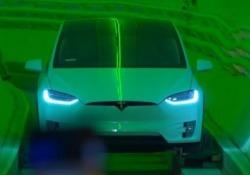 Il Ceo della Tesla ha presentato il primo tratto di prova della galleria sotterranea lunga 3,2 chilometri