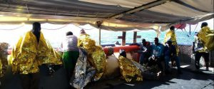 I migranti soccorsi dalla nave Sea Watch