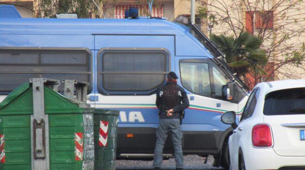 arresti droga lamezia terme, mafia rom lamezia terme, spaccio ciampa di cavallo, Catanzaro, Calabria, Cronaca