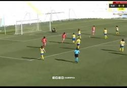 La squadra femminile del Benefica ha vinto la partita contro il CP Pego per 32 a 0