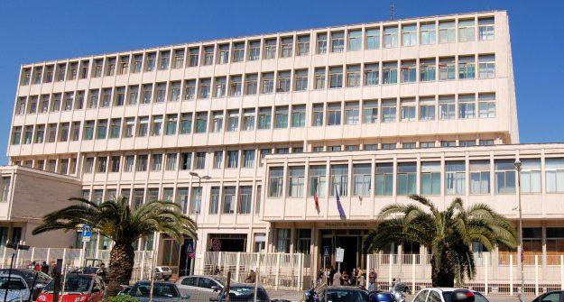 6 arresti, comune di santa maria capua vetere, sesso in cambio di licenze edilizie, Sicilia, Cronaca