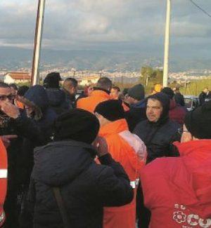 Rifiuti a Reggio Calabria, 48 ore di sciopero infiammano la vertenza Avr
