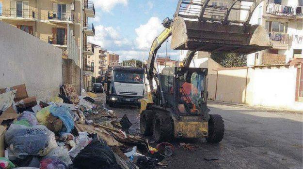 emergenza rifiuti, melicucà, reggio, Giuseppe Falcomatà, Reggio, Calabria, Cronaca