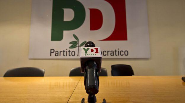 pd, Domenico Bevacqua, Giuseppe Giudiceandrea, Marco Miccoli, Nicola Zingaretti, Cosenza, Calabria, Politica