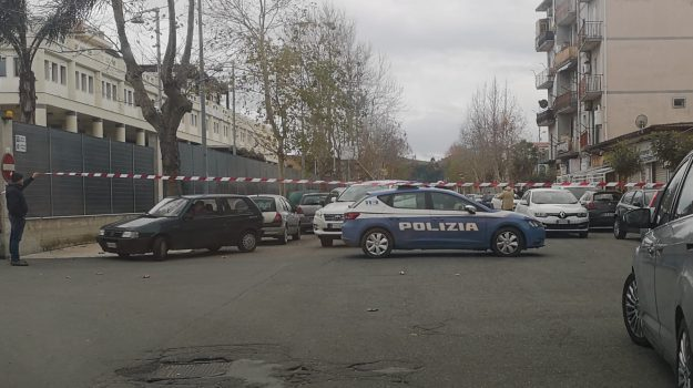 sparatoria crotone, Catanzaro, Calabria, Cronaca
