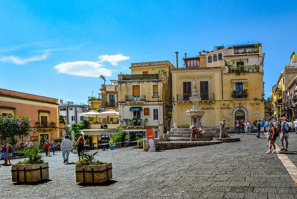 Tassa di soggiorno a Taormina, Federalberghi insorge - Gazzetta del Sud